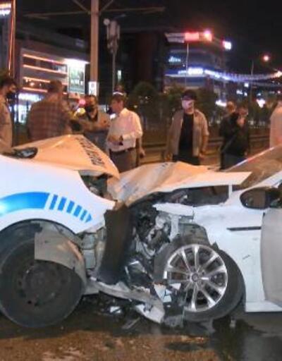 Alkollü sürücü polis noktasına daldı: 2'si polis 4 yaralı