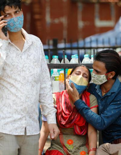 Hindistan'da COVID-19 salgınında toplam vaka sayısı 30 milyonu aştı