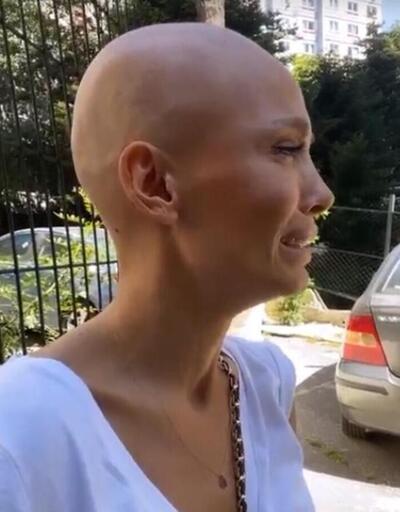 Şarkıcı Şimal güzel haberi gözyaşlarıyla anlattı