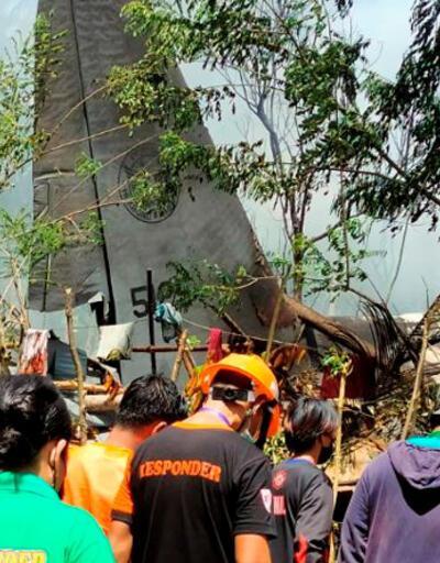 Son dakika... Filipinler'de 85 kişiyi taşıyan askeri uçak düştü