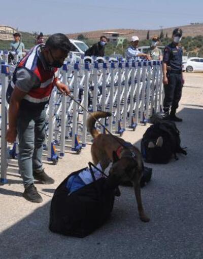 Suriyelilerin Öncüpınar Sınır Kapısı'ndan bayram geçişleri sürüyor