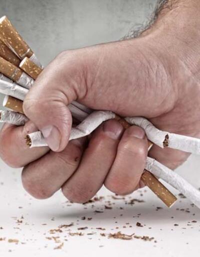 """""""Sigarayı bıraktıktan 5 yıl sonra kalp krizi riski yarı yarıya azalıyor"""""""