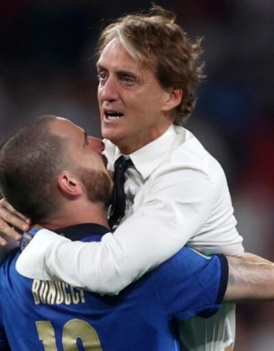 Galatasaray'dan Roberto Mancini paylaşımı