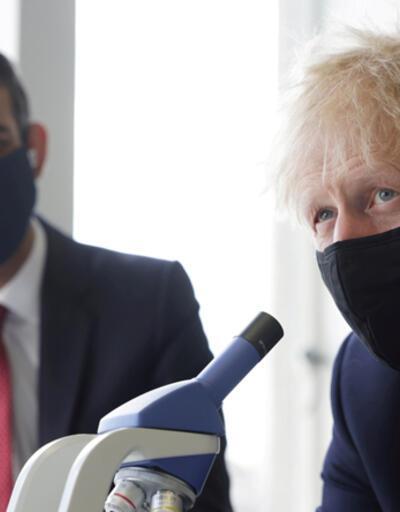 Son dakika... İngiltere'de Başbakan Johnson ve Bakan Sunak geri adım attı: Karantinaya girecek