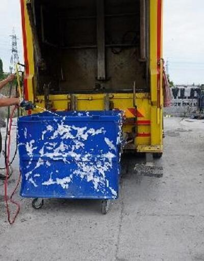 Belediye ekiplerinin kurban temizliği mesaisi