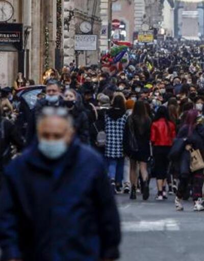 İtalya'da son 24 saatte 6 binin üzerinde Kovid-19 vakası kaydedildi