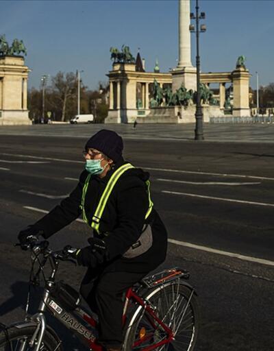 Macaristan'da sağlık çalışanlarına aşı zorunluluğu getirildi