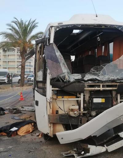 Antalya'da tur midibüsü kaza yaptı