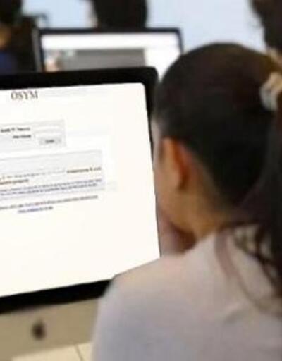 Beyoğlu'nda üniversite adayları için 'YKS Tercih Destek Merkezi' kuruldu