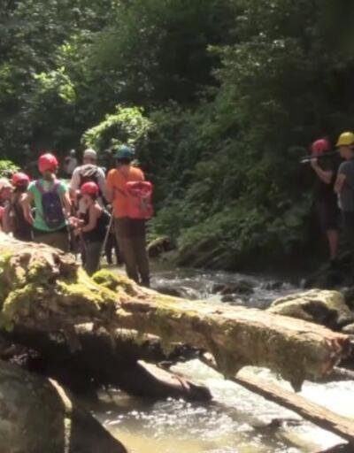 Doğa severler Müflizdere Kanyonu'na akın ediyor