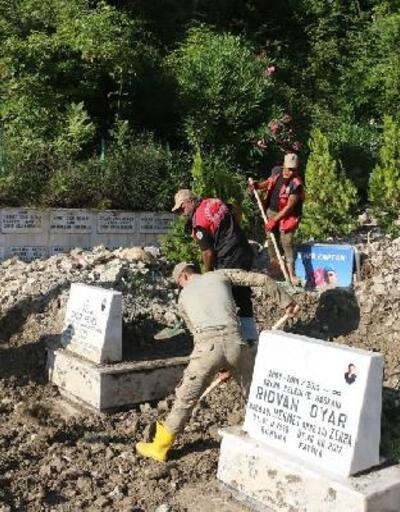 Bozkurt Şehitler ve Gaziler Anıtı taş ve molozlardan temizlendi