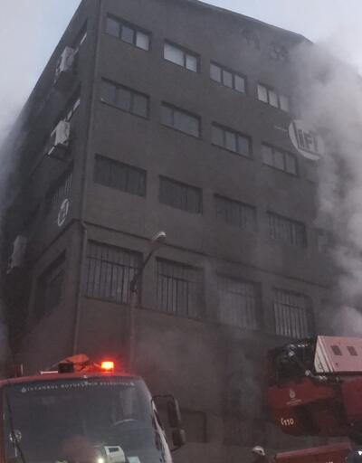 İstanbul Kağıthane'de 6 katlı fabrikada yangın