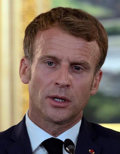 Macron: Demokrasiyi silah zoruyla dayatamazsınız
