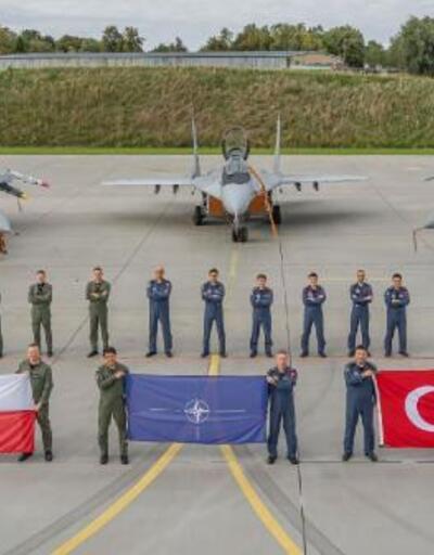 Türk jetleri  NATO görevi sonrası yurda döndü