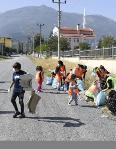 Çay'da Dünya Temizlik Günü etkinliği