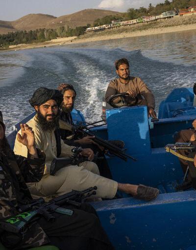 Taliban'dan askerlere uyarı: Selfie çekmeyin