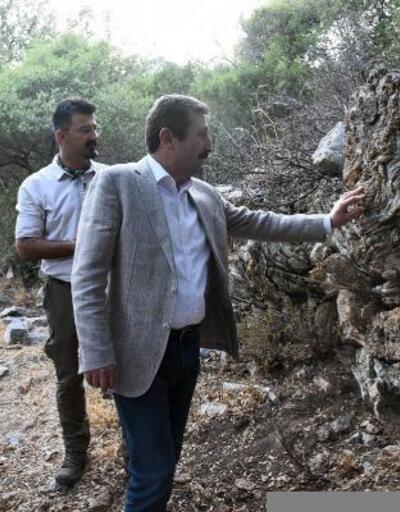 Muğla Valisi Marmaris'te 2 bin 600 yıllık antik kentte incelemede bulundu