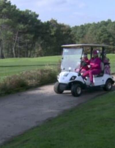 Golfçüler meme kanserine dikkat çekti