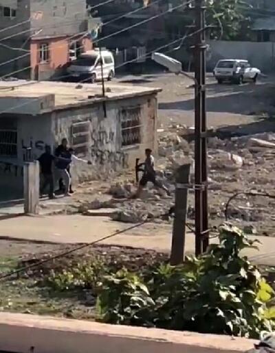Evlerin çevresinde duvarları siper alıp çatıştılar