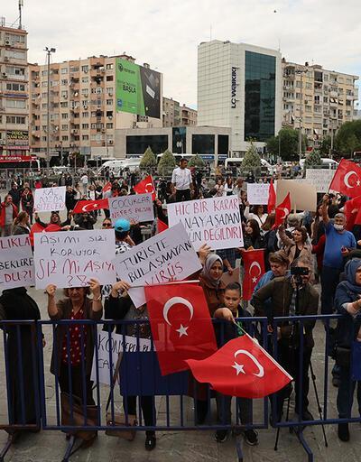 Aşı karşıtları, İzmir'de miting düzenledi
