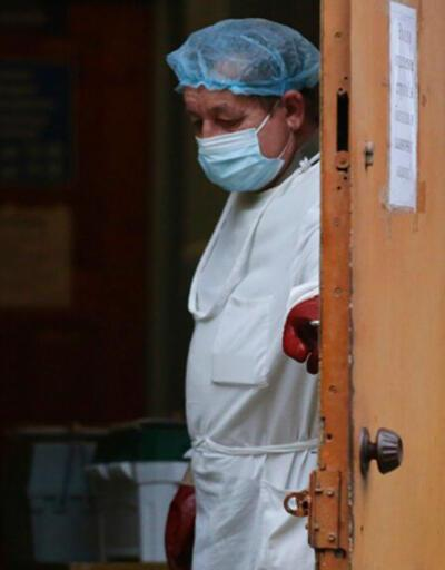 Ukrayna'da COVID-19 salgınında en yüksek vaka ve ölüm sayısı görüldü