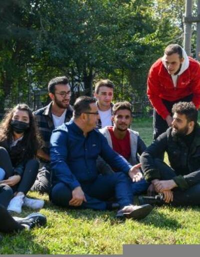 Mustafakemalpaşa Belediye Başkanı üniversiteli gençlerle buluştu