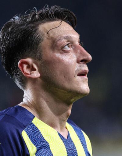 Son dakika... Mesut Özil: Savaşmaya devam edeceğiz