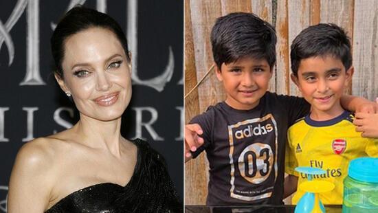 İki arkadaş Yemen'deki çocuklar için limonata satıyordu... Angelina Jolie'den cömert bağış