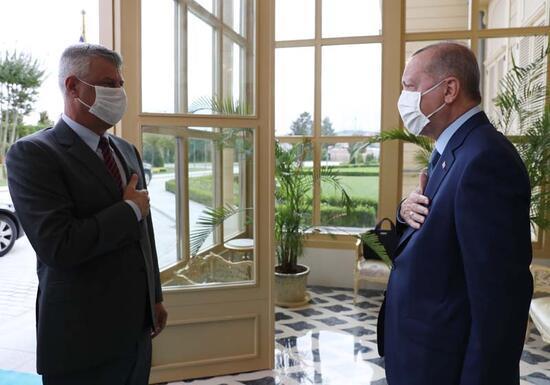 Son dakika... Cumhurbaşkanı Erdoğan, Kosova Cumhurbaşkanı ile bir araya geldi
