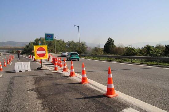 TEM otoyolu Bolu Dağı tünelleri, yeniden trafiğe kapatıldı