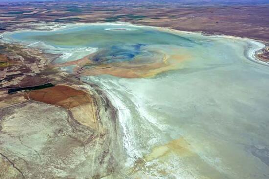 Kuruyan Düden Gölü'nün can damarları göründü