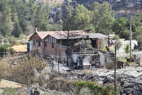 Marmaris'te 9 gün süren yangın kontrol altında, soğutma çalışması sürüyor