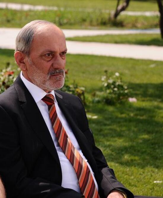 Ünlü oyuncu Metin Çekmez hayatını kaybetti