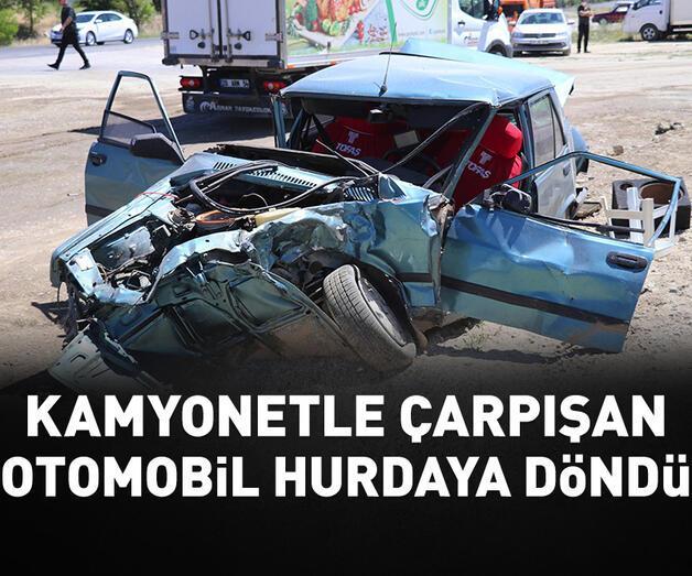 Son dakika: Kamyonetle otomobil çarpıştı: 1 ölü, 2 yaralı