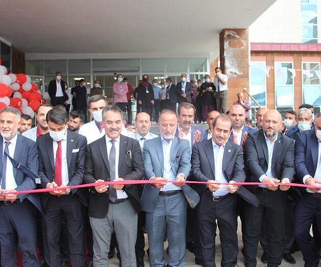 Son dakika: Bitlis'te 100 yataklı devlet hastanesi hizmete açıldı