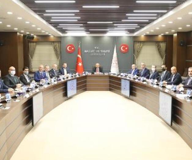 Son dakika: Bakan Elvan, MÜSİAD heyetini kabul etti