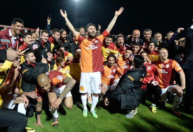 Galatasaray'dan şampiyonluk pozu