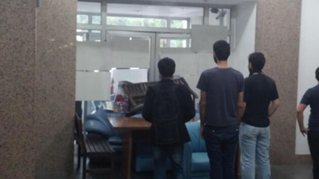 İTÜ öğrencileri Maden Fakültesi'ni işgal etti!