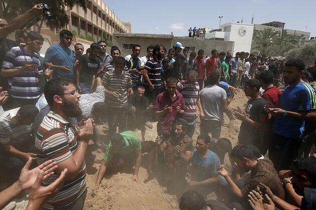 Gazze'ye ölüm yağdı