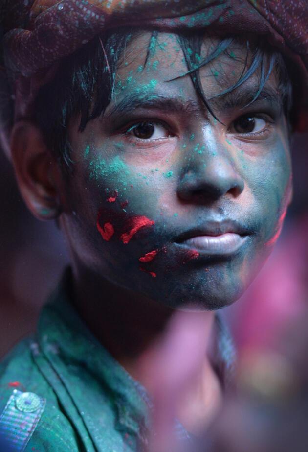 100 fotoğrafçıdan yüz hikayeleri