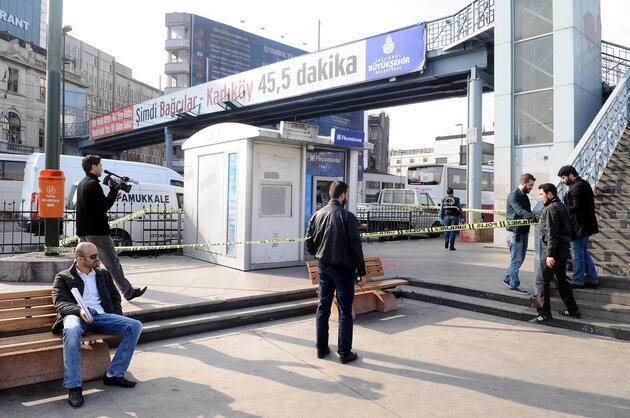 İstanbul'da ABD askerlerinin başına çuval geçirdiler