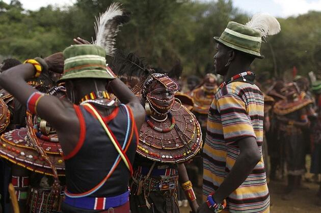 Kenya'da akıl almaz gelenek