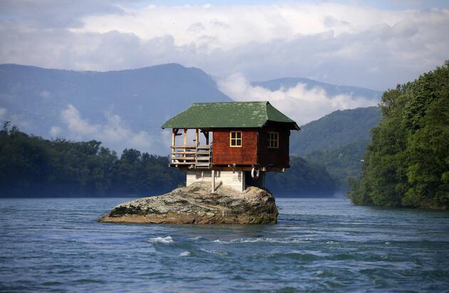 Dünyanın en garip evleri