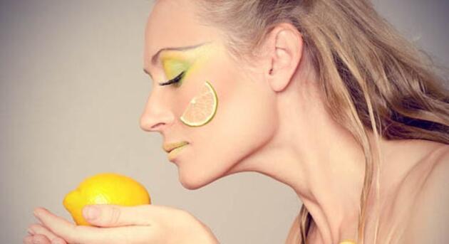 Cilt lekeleri için doğal maske