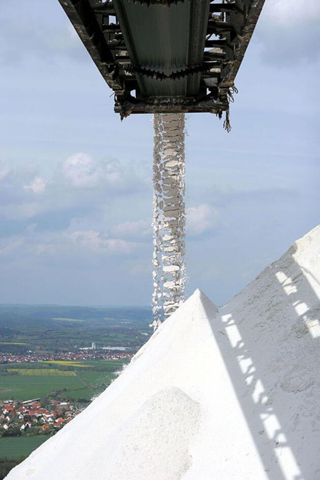 Saatte 900 ton büyüyen tuz dağı