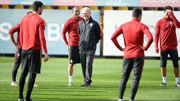 Mustafa Denizli'den şok açıklama: Yıldız oyuncu gitmek istiyor