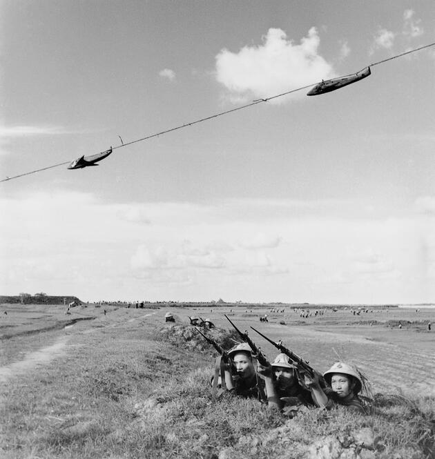 Öteki tarafın çektiği hiç görülmemiş fotoğraflarıyla Vietnam Savaşı