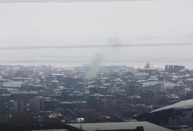 Yüksekova'da mahsur kalanlara anons yapıldı