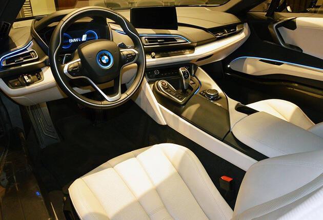 Schnitzer yorumu BMW i8'de