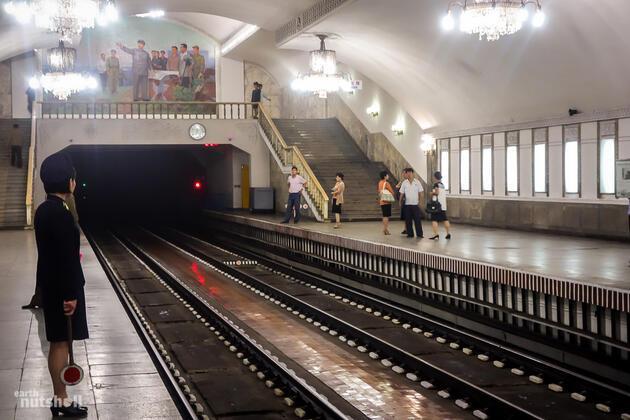 Kuzey Kore metrosu ilk kez görüntülendi